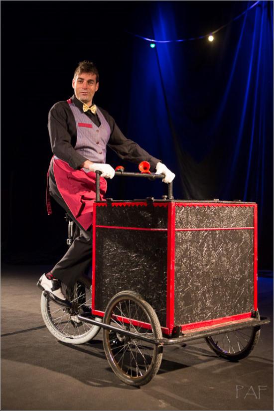 Triporteur Monocycle
