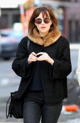 dakota-johnson-street-style-out-in-new-york-city-march-2015_4