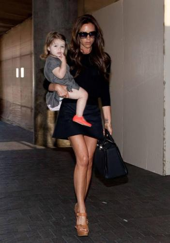 fashion-2013-05-06-victoria-beckham-harper-main