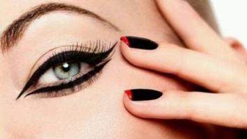 Winged Eyeliner | Fabulous Flow Of Fashion