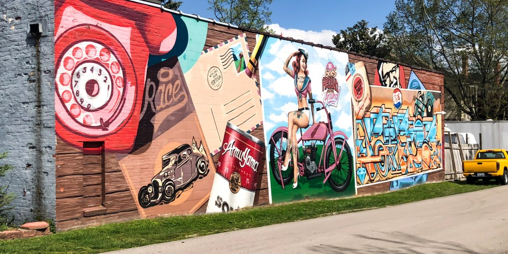 You may remember earlier this week when I posted Street Art and Murals of Lexington, Kentucky: Volume I, which included twenty murals and their locations. Today is the second installment, where I highlight another sixteen murals and where to find them. #sharethelex #lexingtonky #kentucky #streetart #mural #legalgraffiti #visitlex #travelky