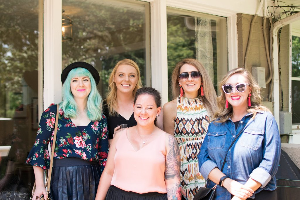 Over the weekend, a bunch of local bloggers from Lexington, Louisville, and the surrounding areas got together for a Sip and Brunch #brunch #kentucky #bloggers #event #lexington #louisville #food #donut #doughnuts #party