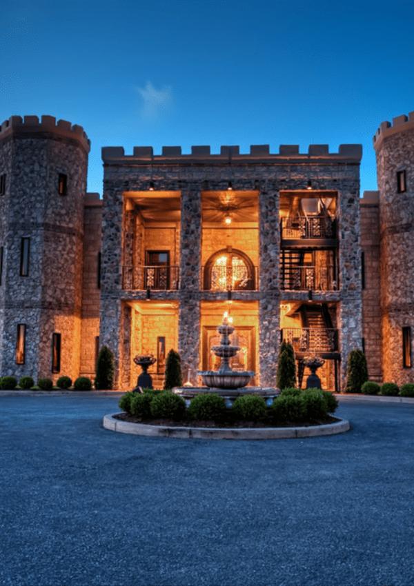 Local Spotlight: Castle Farms Restaurant at The Kentucky Castle
