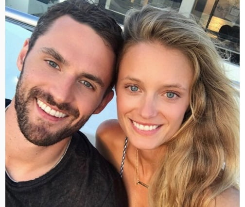 Kate Bock NBA Kevin Love's Girlfriend (Bio, Wiki)