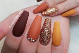 14 Glamorous nail art designs, glam nail designs, nail art designs 2020, beautiful nail art designs images, latest nail art designs gallery, nail art designs 2019, latest nail art designs gallery 2019 #nailart #naildesigns