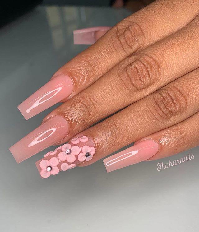 pretty pink nails, flower nail art #nailart