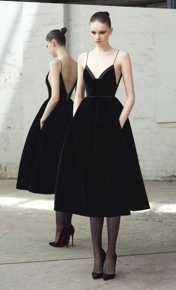 41 Stunning black dresses that you should have in your closet - 2, black dresses formal, black dress elegant, smart black dress, black dress with sleeves, elegant black dress, smart black dress for work, women's black dresses