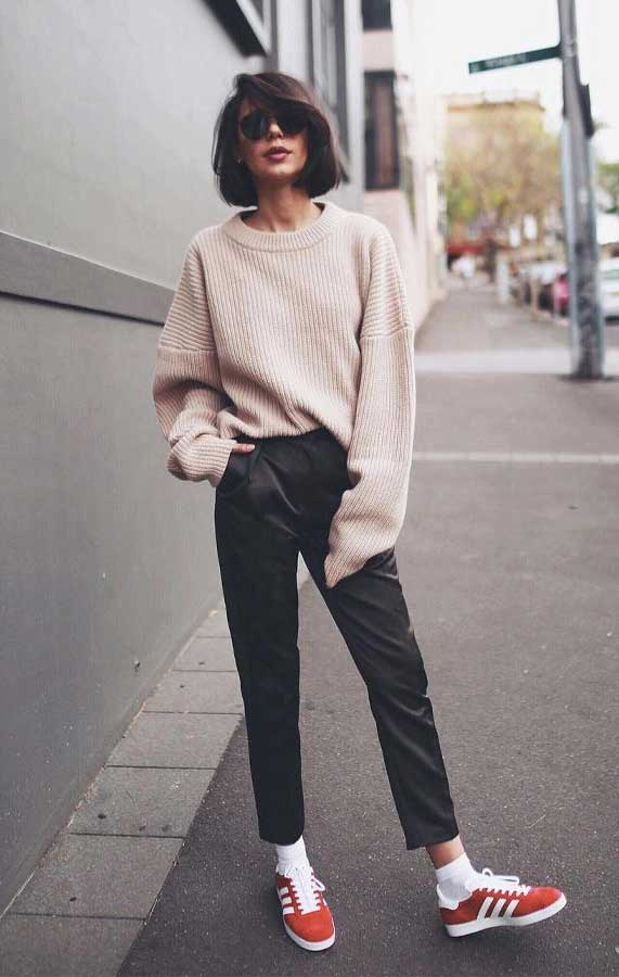 The 7 Most Easy, Elegant Spring Outfits - best spring outfit 2020, knit jumper spring 2020, what to wear in spring, spring fashion 2020 #springoutfits