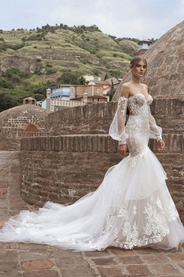 7 Gorgeous mermaid wedding gowns #weddingdresses  mermaid wedding gowns, wedding dresses, wedding gowns, sweetheart mermaid wedding dress, mermaid wedding dresses with long train, strapless mermaid wedding dress, mermaid wedding dresses 2020, mermaid wedding dress uk, mermaid wedding dress plus size, fishtail wedding dress