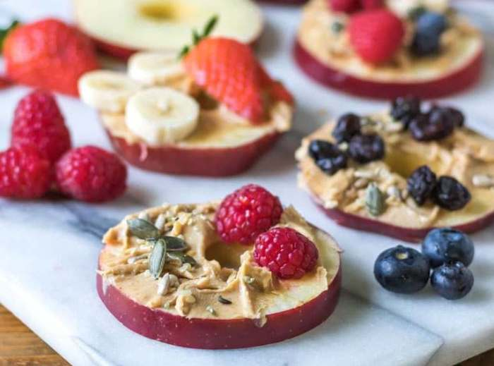 Mini Apple Pizzas from VEGGIEDESSERTS