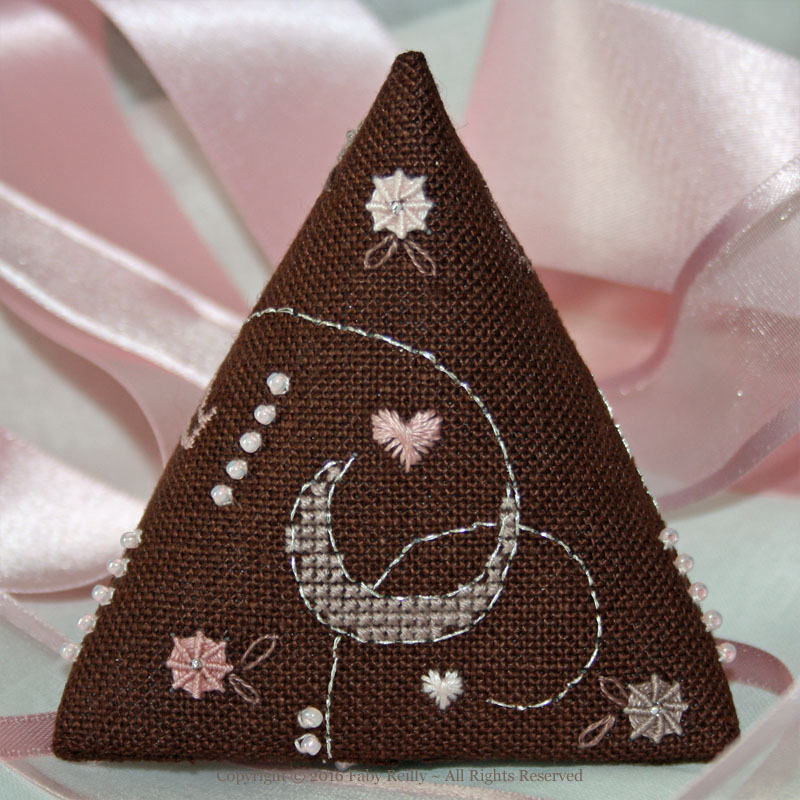 Rose-Chocolat Humbug - Faby Reilly Designs