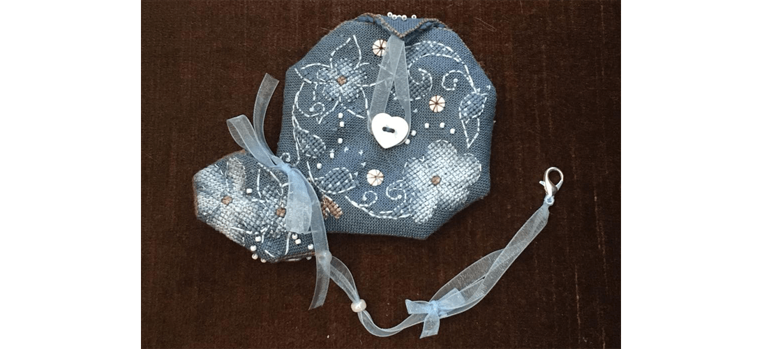 Flora Pouch - stitched by Karen