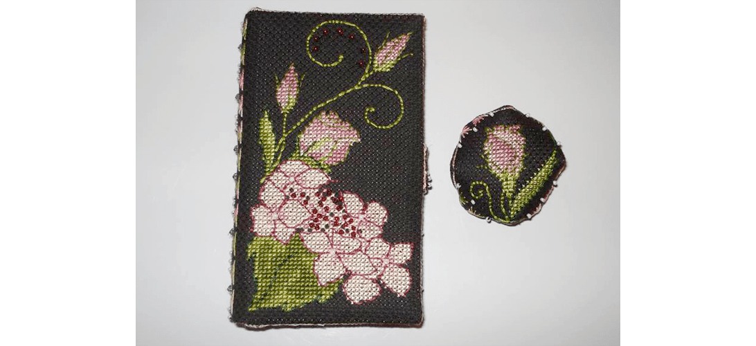 Lizzie Wallet - stitched by Marie-Claire