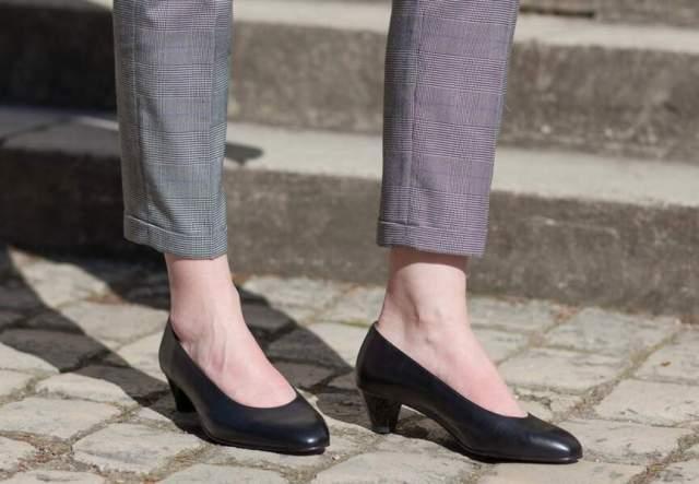 Chaussures confortables : les modèles pour hallux valgus de Caroline Macaron