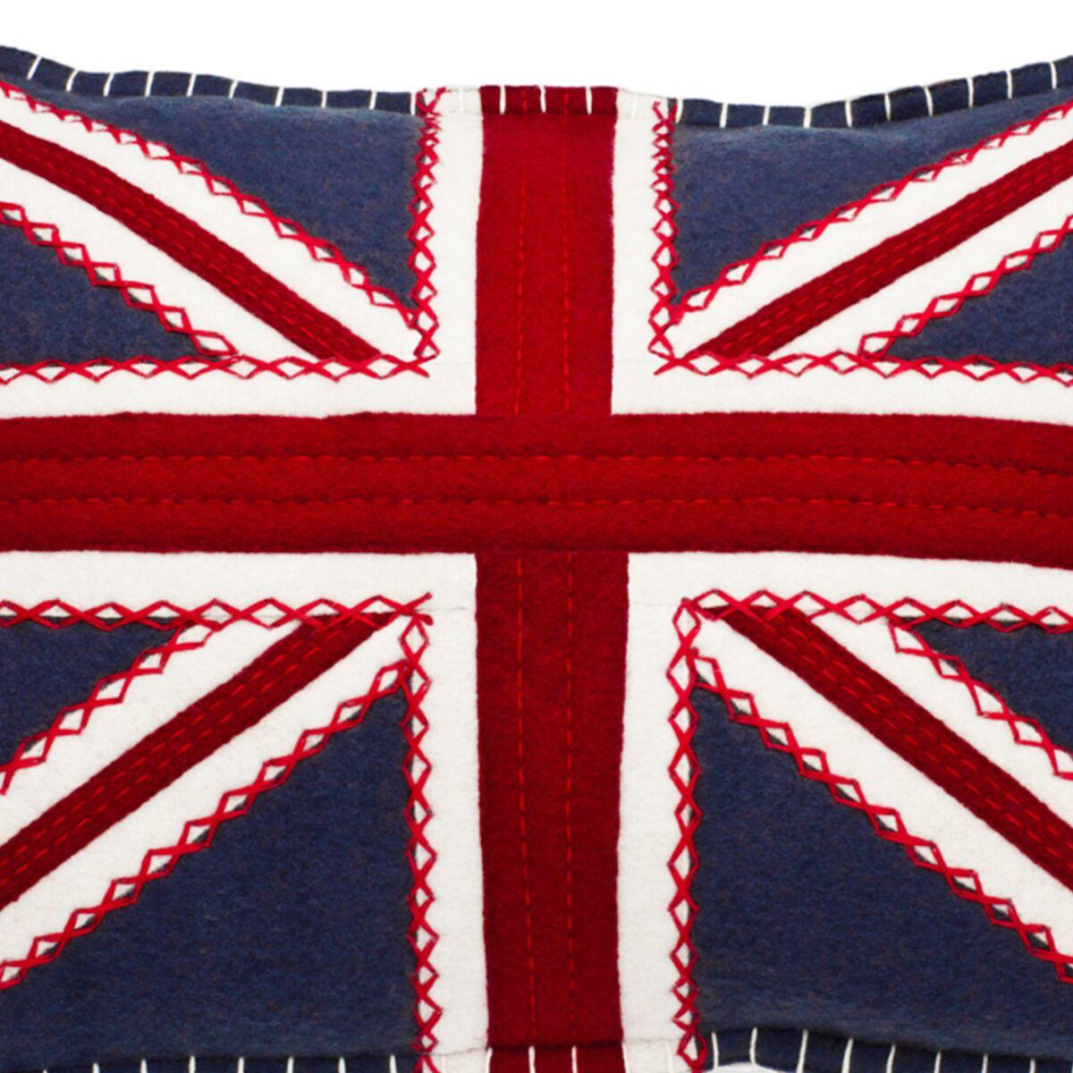 un coussin drapeau anglais femme