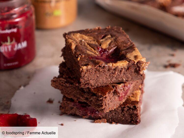 brownies au beurre de cacahuete et confiture