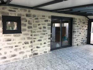Rénovation façade imitation pierre