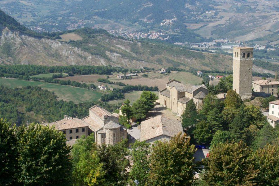 Il Borgo di San Leo visto dal Forte.
