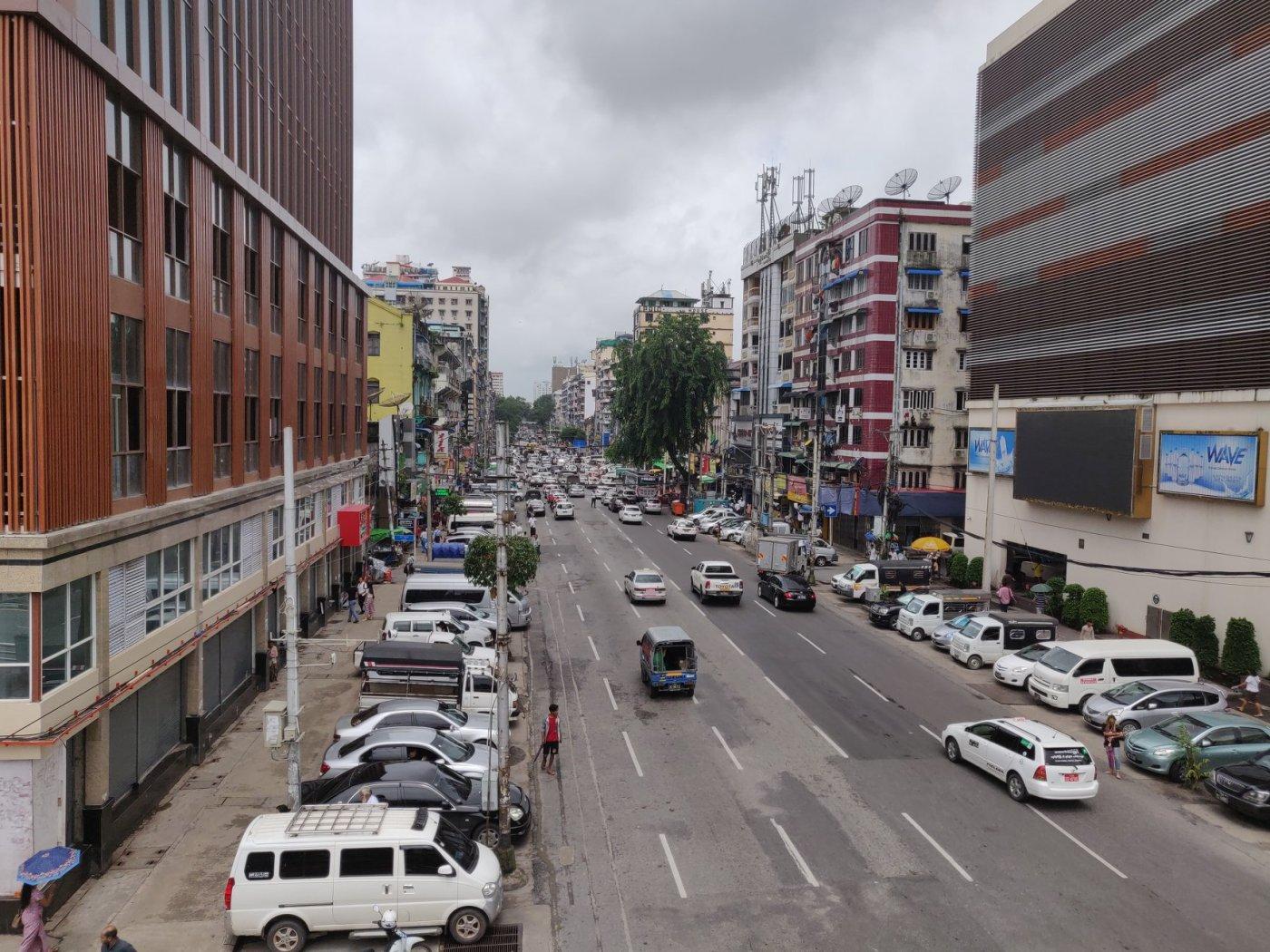 viaggio a yangon, cosa fare in birmania, cosa fare a yangon, mercati di yangon, pagoda di yangon, cosa fare in myanmar, myanmar pericoloso, pagoda myanmar, pagoda yangon , yangon