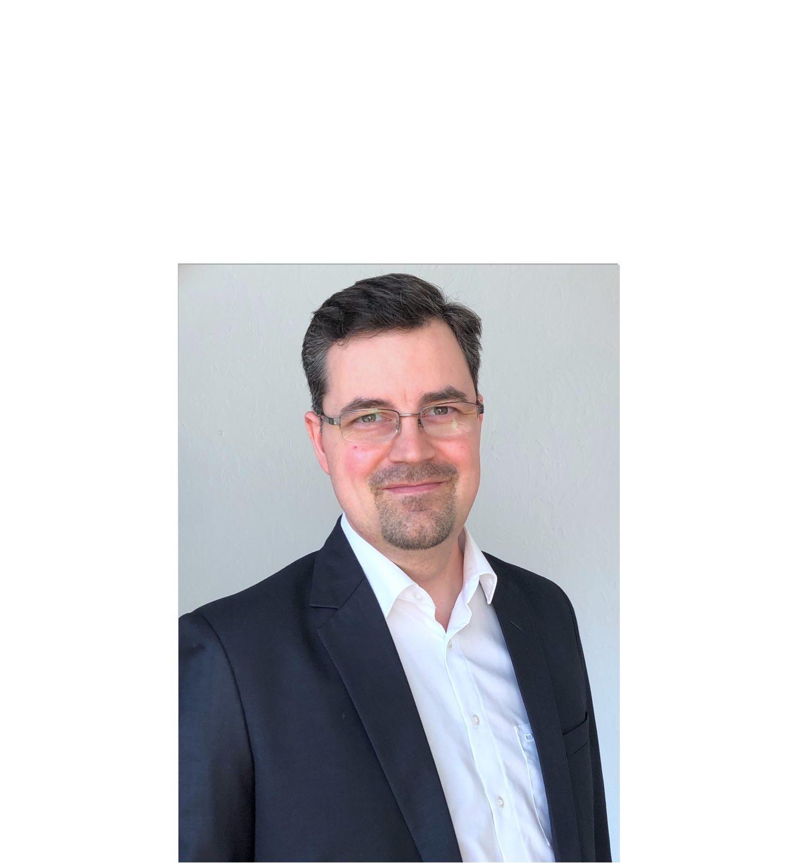 Dr. Simon Widmaier | COO & co-founder