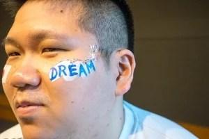 tokyoFMクロノスW杯フェイスペインティングの画像