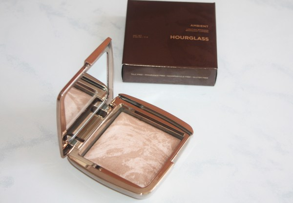 Hourglass Ambient Lighting Bronzer-Hourglass Ambient Bronzer-Luminous Bronze Light-review-swatches-hourglass_luminousbronzelight02