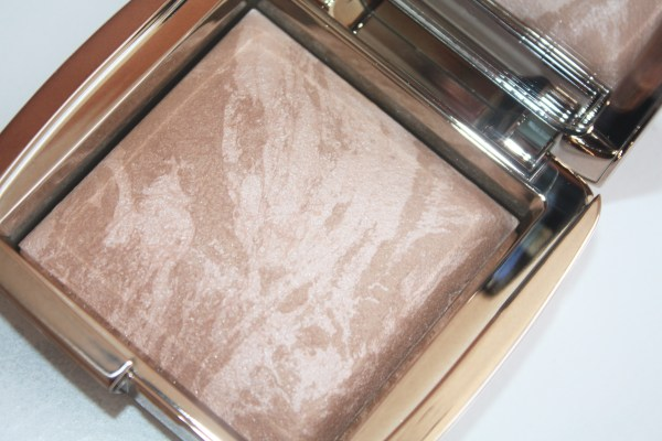 Hourglass Ambient Lighting Bronzer-Hourglass Ambient Bronzer-Luminous Bronze Light-review-swatches-hourglass_luminousbronzelight04