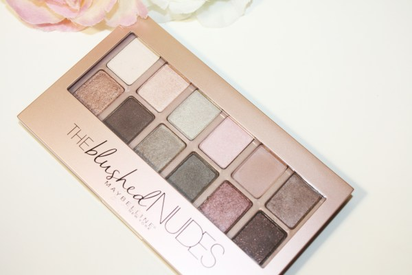 Maybelline-The-Blushed-Nudes-Eyeshadow-Palette-001