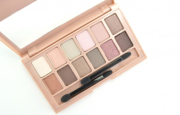 Maybelline-The-Blushed-Nudes-Eyeshadow-Palette-002
