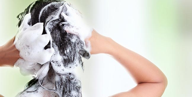 hair-washing-How To Wash Your Hair Properly -shampoo-conditioner-hair washing
