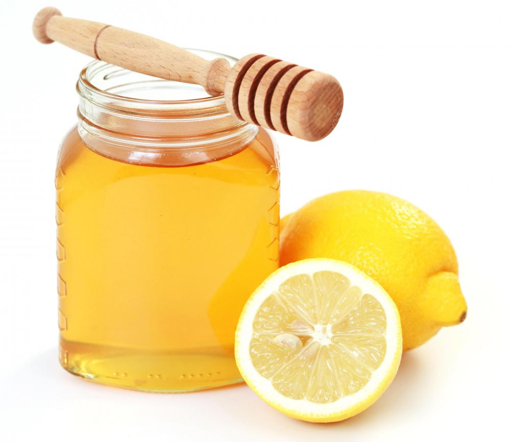 honey-and-lemon-mask-homemade-diy-diymask-beautytips-skincare-honeyandlemon-facemask