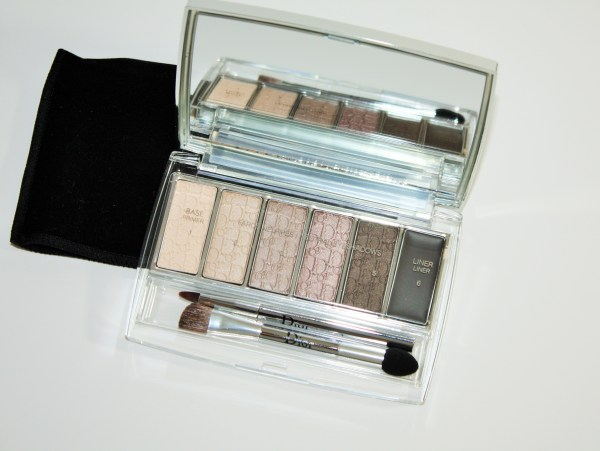 Dior-Eye-Reviver-Illuminating-Neutrals-Eye-Palette-review-swatches-Dior-Eye-Reviver-Eyeshadow-Palette002