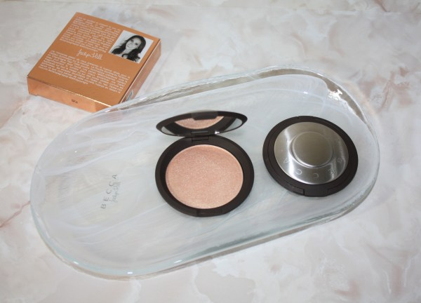 becca-jaclynhill-champagnepop-review-swatch-001