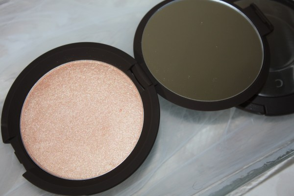 becca-jaclynhill-champagnepop-review-swatch-004
