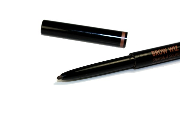 Anastasia Beverly Hills Brow Wiz-brow-pencil003