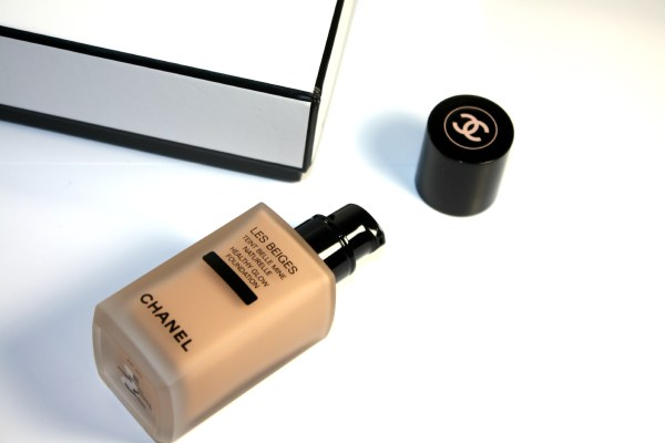 chanel-les-beiges-healthy-glow-foundation-002