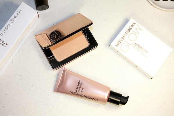 Natasha Denona Glowing Skin System-review-Face Glow Foundation-All Over Glow Face & Body Shimmer003