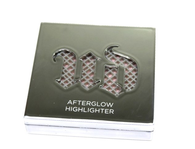 Urban Decay Aura Afterglow Powder Highlighter-001