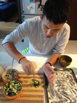 Making dumpliolis (ravioli/dumplings) at home in KL.