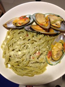 Chuan's and my linguine with mussels.