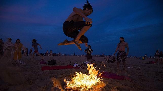 El verano y sus rituales. El canal mundo y el canal universo