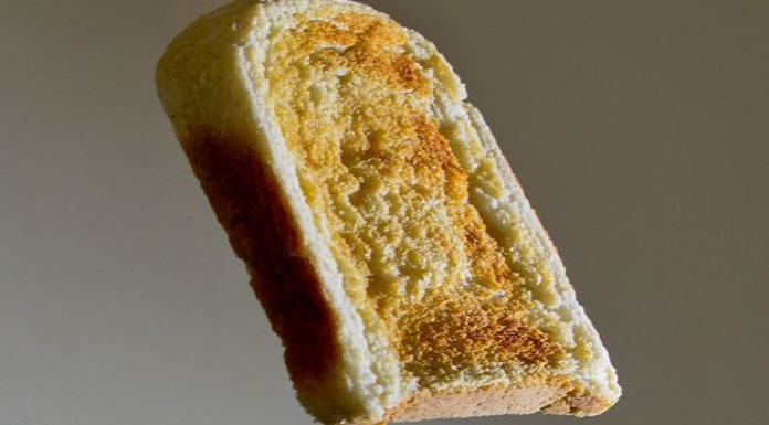 Buttered toast phenomenon
