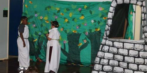 """Fadepe apoia projeto de extensão """"Contos de Mitologia"""" na Faculdade de Letras da UFJF"""