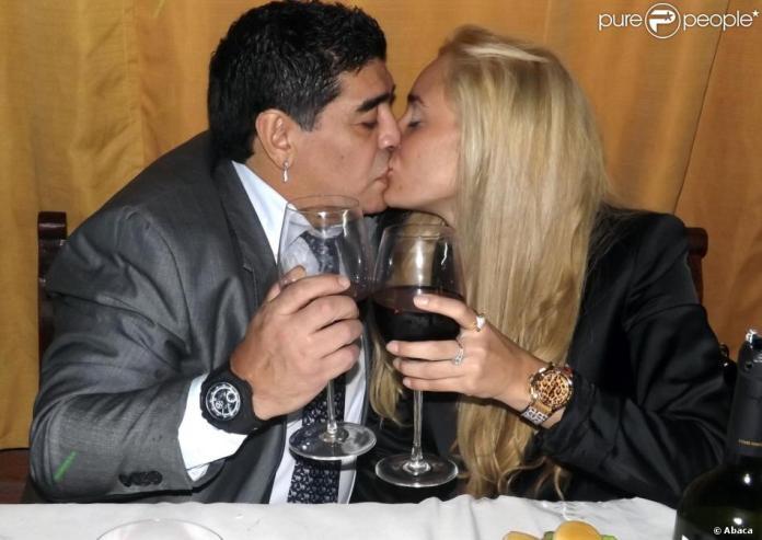 Argentine: Diego Maradona arrêté à l'aéroport de Buenos Aires