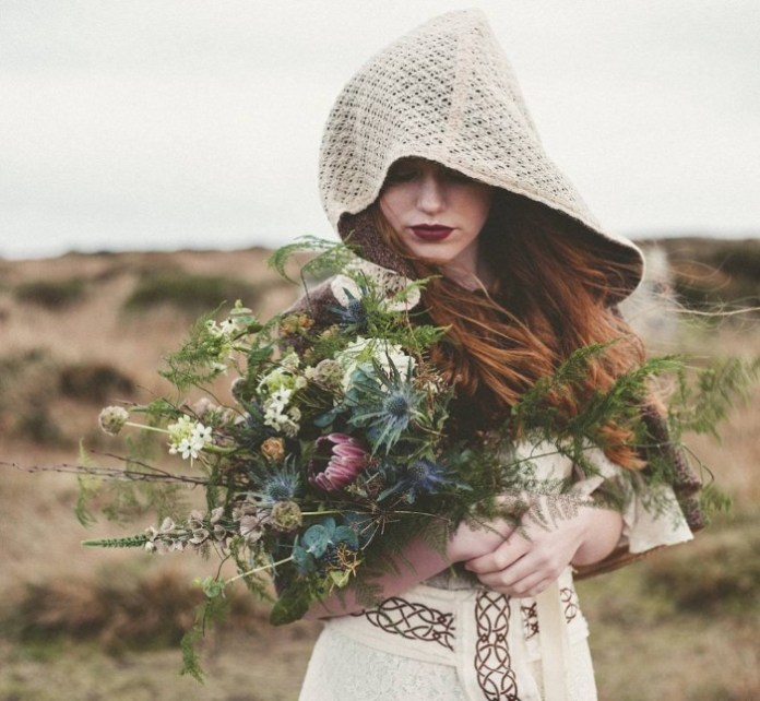 Faerie Magazine Outlander issue Celtic Fusion's stunning handcrafted clothing line irish