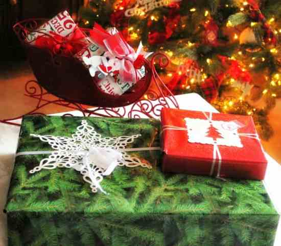 Mail, packaging, gift wrapping, Christmas
