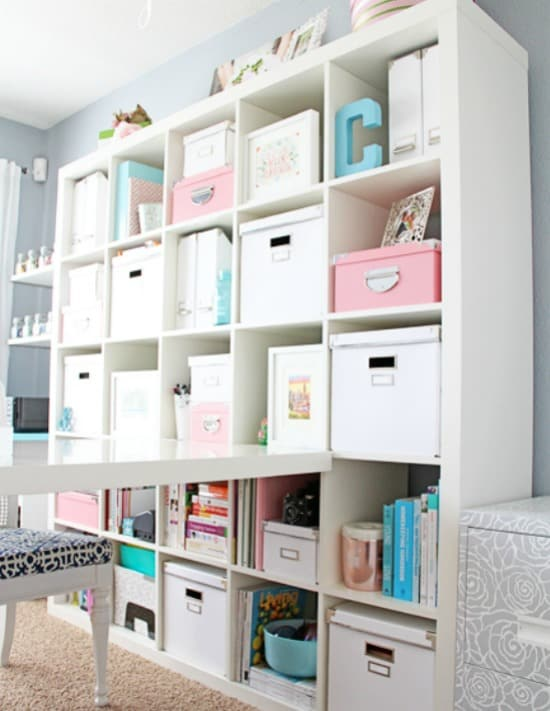 Craft room, DIY Craft rooms,Craft room inspiration, DIY craft websites, DIY Home Decor, Organization,craft room organization, craft shelf organization, craft shelf, Craft Organization,