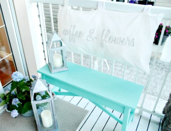 small front porch ideas, diy front porch decor, front porch sitting area,