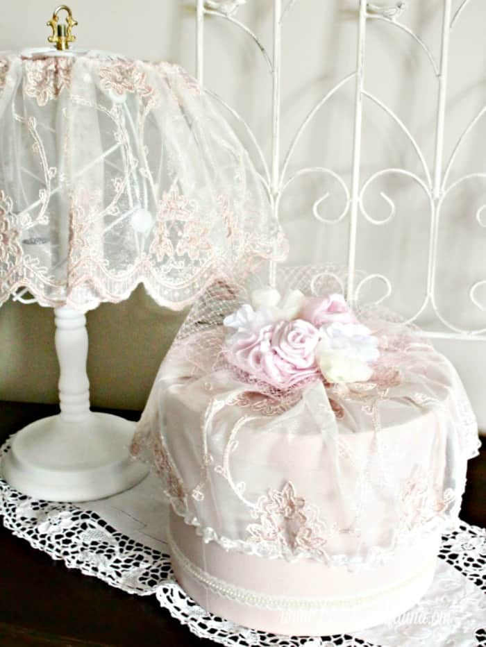 Pink Shabby Chic Lamp Makeover With White Chalk Paint Base And Matching  Vintage Hat Box.