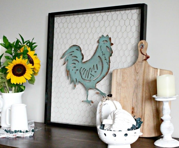 How to Add Farmhouse Charm, Farmhouse Fall Decor, DIY Fall Decor, Farmhouse fall decor